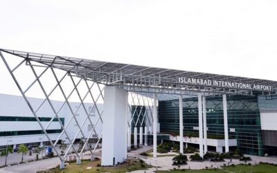 Islamabad airport witnesses rush of travellers to UK due to April 9 deadline